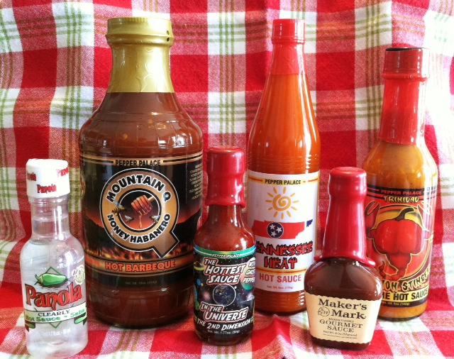 hot sauce bottles with no border